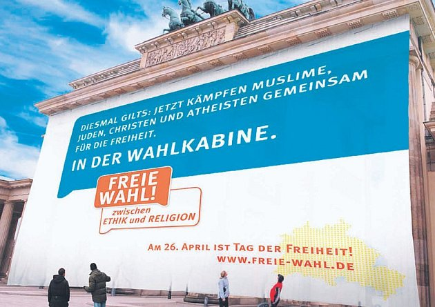 Berlín zaplavila kampaň před referendem o výuce náboženství ve školách