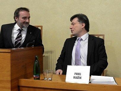 Předseda senátního Ústavně-právního výboru Miroslav Antl a ministr spravedlnosti Pavel Blažek