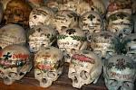Malou kostnici najdete na zdejším hřbitově