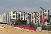 Olympijská vesnice se po Hrách přemění v byty pro chudé.