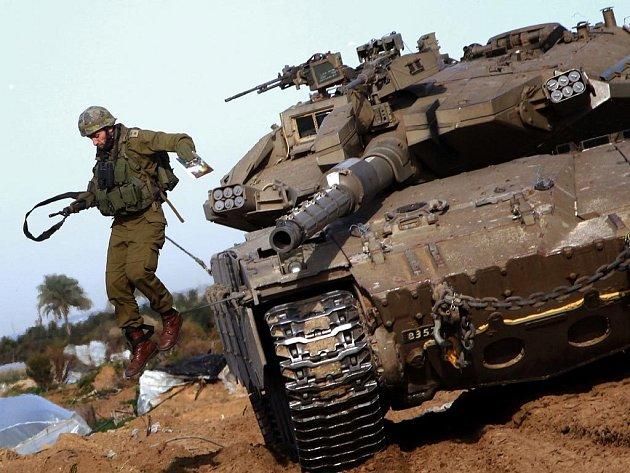 """Při jednom z náletů proti pásmu Gazy přišel o život také čelní představitel této radikální palestinské organizace Saíd Sajám, jenž v hierarchii Hamásu zastával funkci """"ministra vnitra""""."""