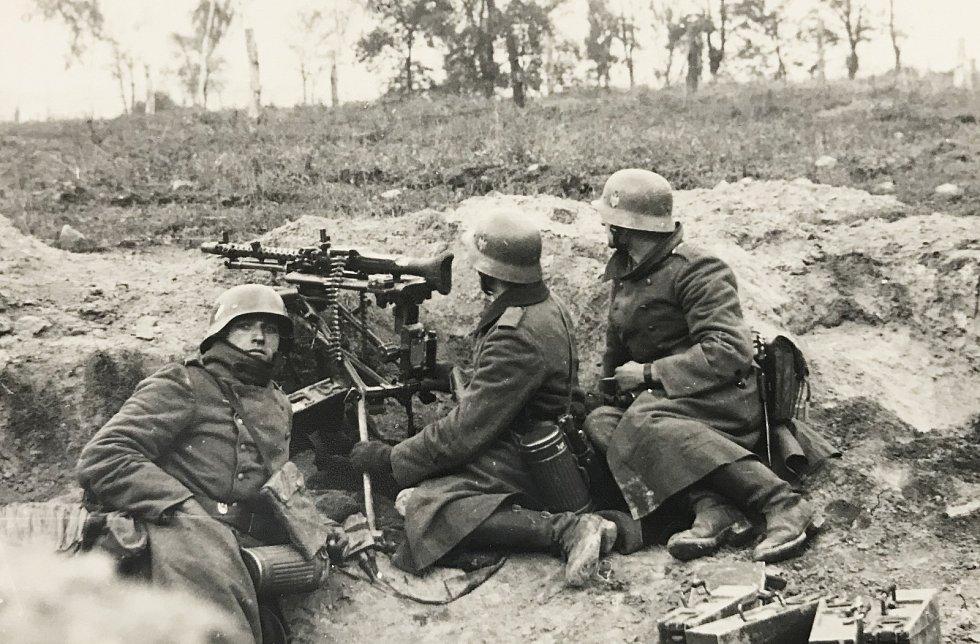Němečtí vojáci v poli, pravděpodobně během polského tažení