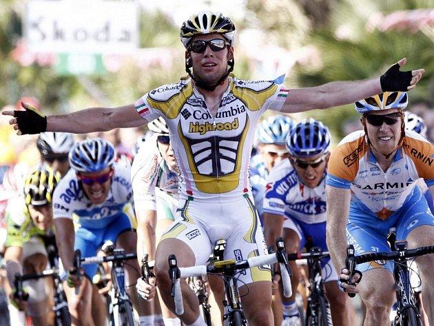 Brit Mark Cavendish nenašel ve spurtu 11. etapy cyklistického Gira d´Italia konkurenta.