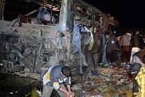 Útok na autobus s příslušníky revolučních gard v Íránu