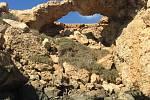 Klášter Agia Napa s přilehlou vyhlášenou pláží