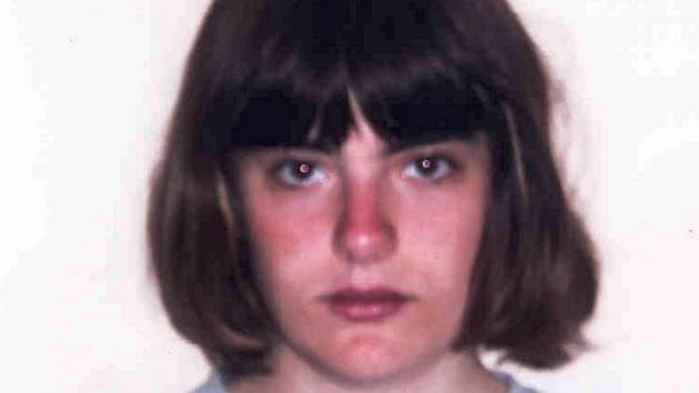 Patnáctiletou Adrianu Mancini, kterou unesla její matka z psychiatrického oddělení brněnské fakultní nemocnice, zadrželi policisté v Lichtenštejnsku