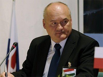 Maďarský ministr obrany Csaba Hende.