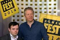 Herec Svein Andre Hofsø (vlevo) a režisér Bard Breien vystoupili 24. března v Praze na tiskové konferenci mezinárodního filmového festivalu Febiofest po projekci norsko-dánsko-českého filmu Detektiv Downs.