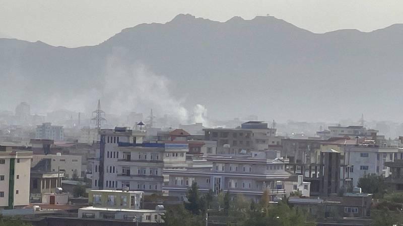 Kábulem otřásla další exploze. Raketa zasáhla obytný dům nedaleko letiště