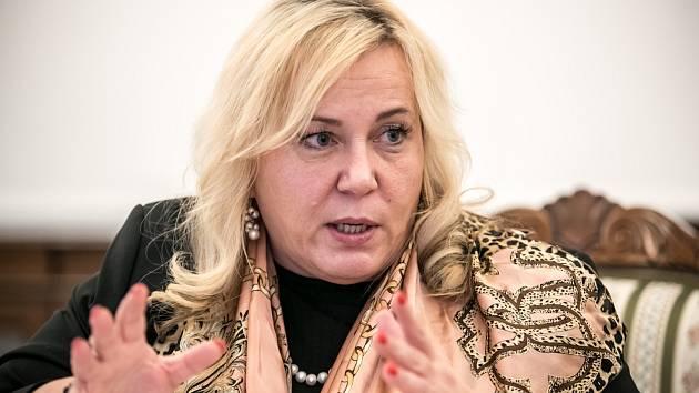 Klára Dostálová, ministryně pro místní rozvoj.