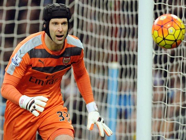 Petr Čech vychytal v Premier League 169. čisté konto a vyrovnal rekord Davida Jamese.