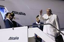 Papež František přiletěl na Srí Lanku.