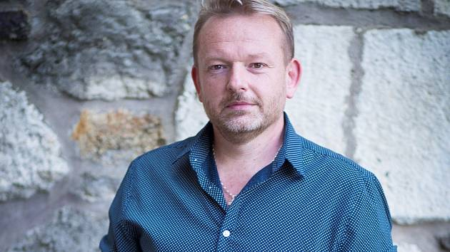 Prezident organizace Asociace organizací neslyšících, nedoslýchavých a jejich přátel (ASNEP) Petr Vysuček