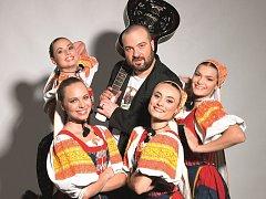 Ivan Tásler a tanečnice z Lúčnice…