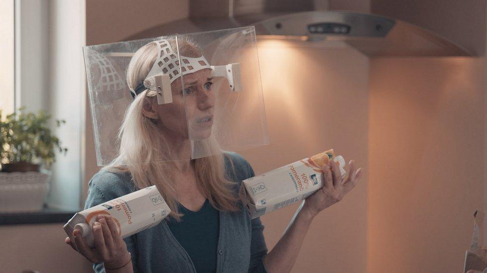 Zita Morávková vdobě pandemie koronaviru zahrála v seriálu České televize Láska v čase korony.