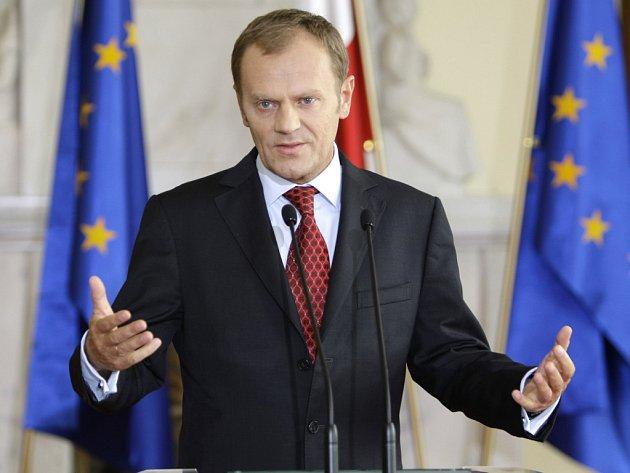Polský premiér Donald Tusk nechce slevit z vysokých požadavků a Washington už pomalu začíná pro svůj protiraketový štít hledat jinou zemi.