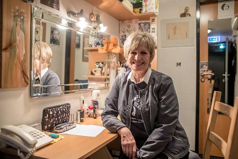 Jitka Molavcová při fotografování pro Deník 16. prosince 2019.