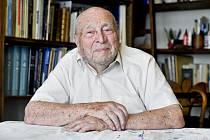 Ve věku 101 let zemřel astronom Luboš Perek.