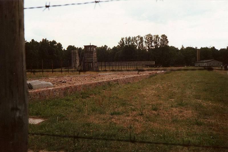 Ruiny krematoria ve Stutthofu, v němž byla likvidována těla zplynovaných vězňů