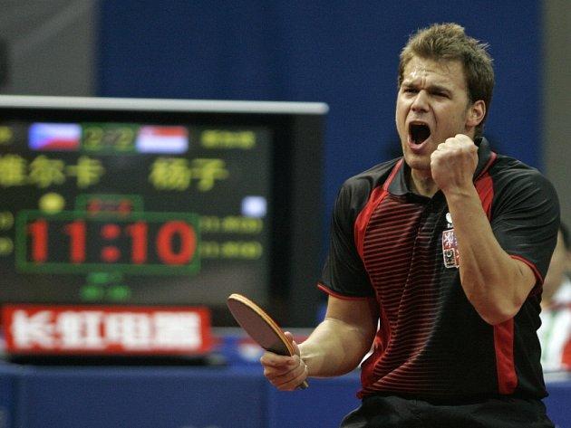 Dobojováno. Tomáš Pavelka získal poslední bod v osmfinálovém duelu se Singapurem.