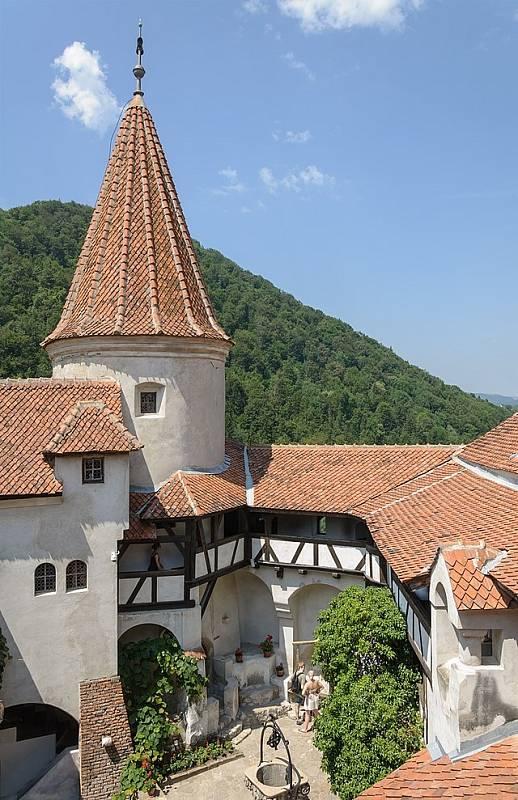 Strategický význam hradu Bran velmi dobře chápali křesťanští panovníci Dunajských knížectví, kteří jej využívali