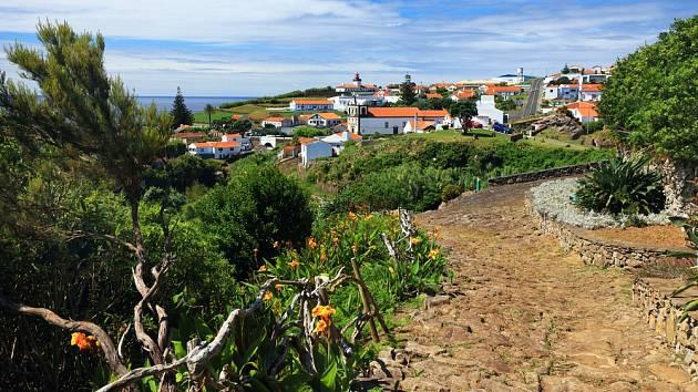 Daleko v Atlantiku. Portugalsko tvoří i Azorské ostrovy 1,5 tisíce kilometrů daleko od kontinentu.