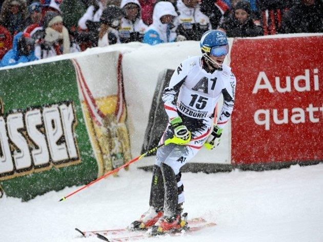 Benjamin Raich v cíli slalomu SP v Kitzbuchelu.