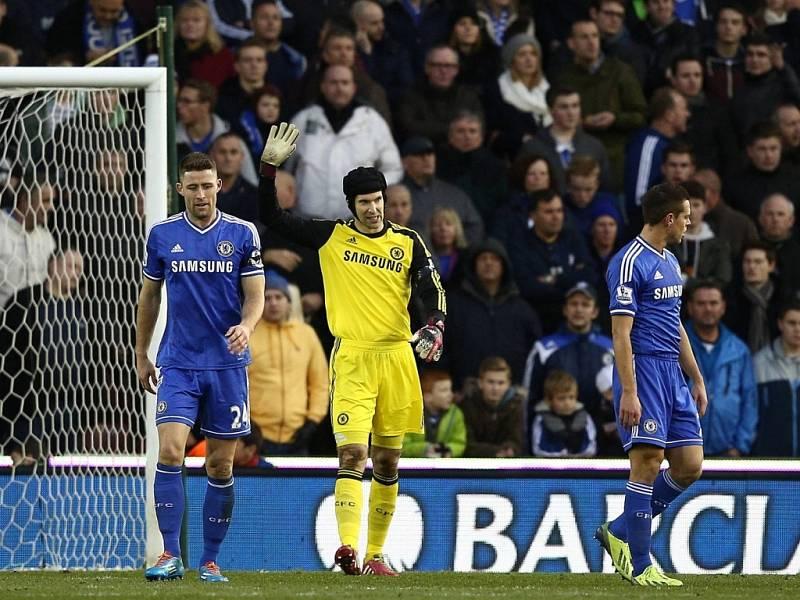 Omlouvám se. Petr Čech vzal první gól Stoke na sebe. Ale dostal další dva