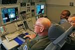 Zástupci letectva Armády ČR a letecké síly NATO představili 18. září na starém letišti Praha - Ruzyň zmodernizovaný letoun Boeing B-707/320 AWACS vybavený kruhovou rotační radarovou anténou.