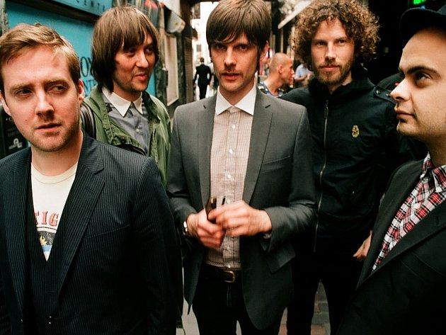 Světově známí indie rockoví umělci Kaiser Chiefs vystoupí na SázavaFestu.