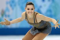 Krasobruslařka Adelina Sotnikovová získala pro Rusko olympijské zlato.