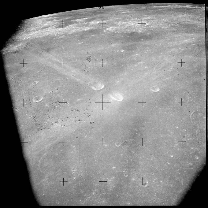Obleky kosmonautů, kteří kdy do vesmíru zavítali, prý později páchly jako tavící se kov.