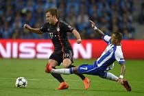 Porto - Bayern Mnichov: Ricardo Quaresma a Mario Götze