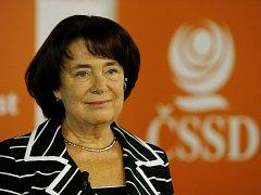 Sledování 2. kola senátních voleb v sídle ČSSD v sobotu 20. října 2012 v Praze.