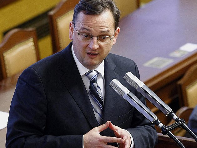 ODS navrhla pět variant důchodové reformy. Jsou mezi nimi obě varianty, které vypracovala Bezděkova komise, varianta prosazovaná Národní ekonomickou radou vlády i návrh, který připravila vláda v letech 2007 až 2009.