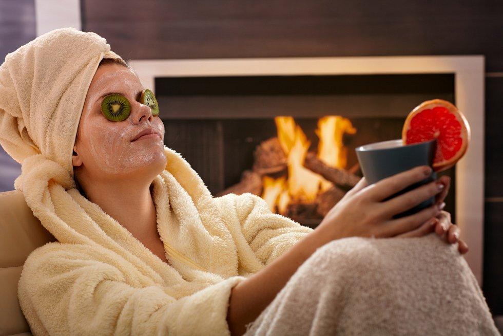 Bez výčitek odpočívejte, pracovní stresy zahánějte varoma sauně nebo se nechte hýčkat bylinnou olejovou masáží. Neznamená to, že se vzdáte sportování, ale teď se snažte být více v klidu.