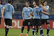 Zklamaní fotbalisté Uruguaye po remíze 2:2 s Japonskem na turnaji Copa América.