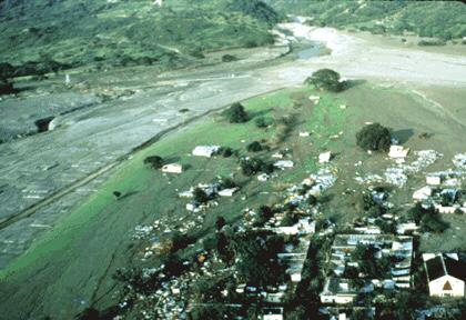 Zhruba hodinu před půlnocí 13. listopadu 1985 udeřila na město Armero smrt - asi třicetimetrová vlna bahna a vody