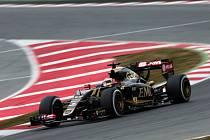 Pastor Maldonado při testech v Barceloně.