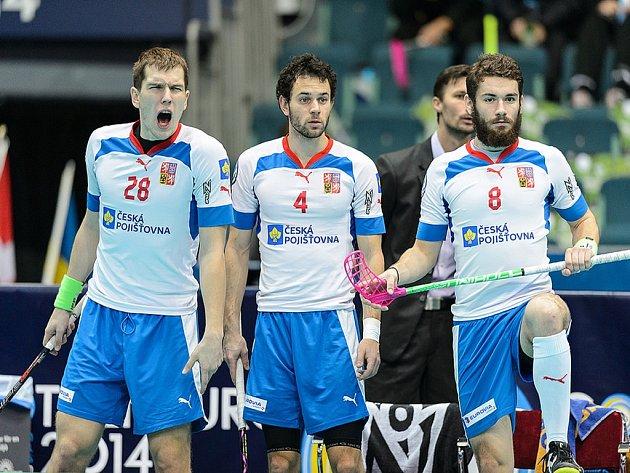 Hrdina a lídr. Matěj Jendrišák (vlevo) vystřelil českým florbalistům na mistrovství světa bronz.