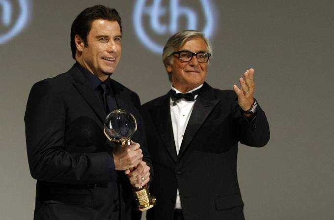 Pátek ve Varech: John Travolta s Kříšťálovým globem