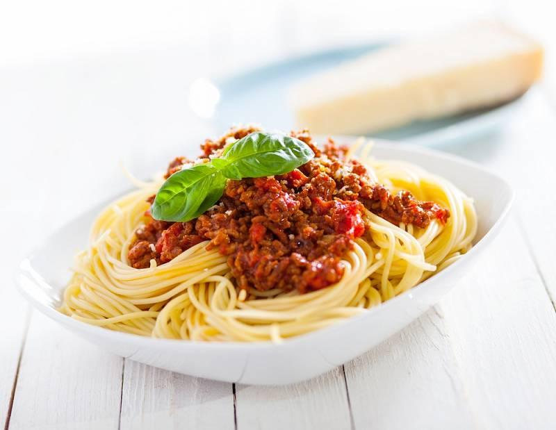Špagety s mletým masem