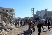 Syrská armáda zaručila volný průchod lidem, kteří budou chtít odejít z povstalci ovládané části města Halab.