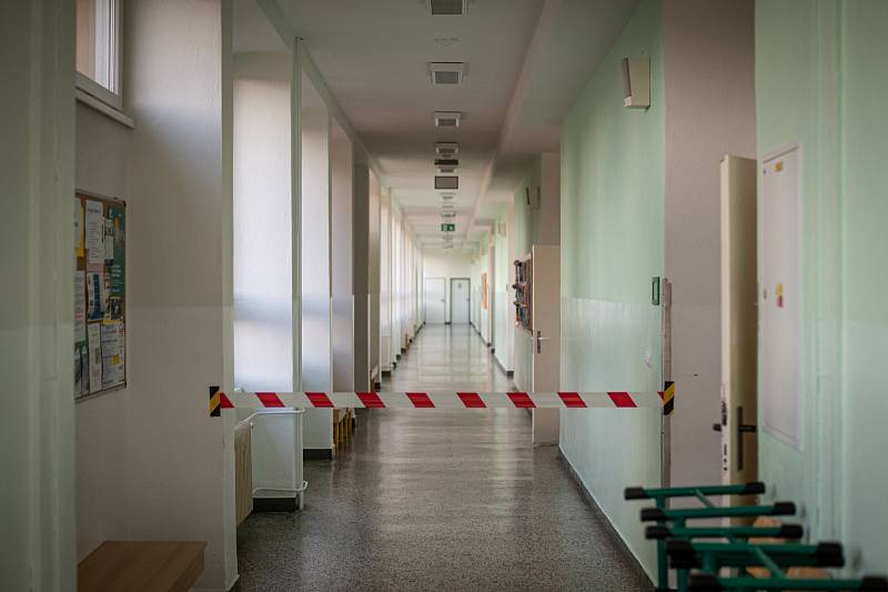 Školy zůstaly na jaře uzavřené