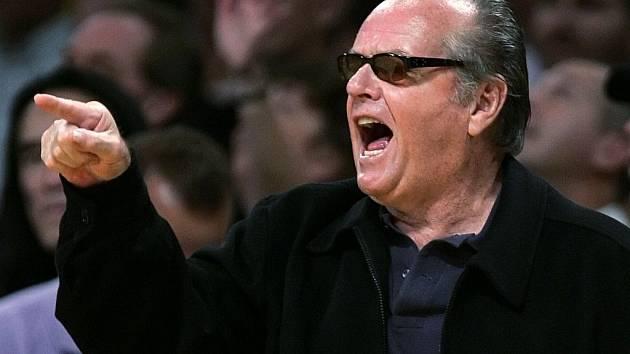 Nejlepší slavný fanoušek Lakers Jack Nicholson.