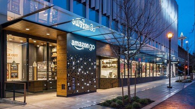 Amazon spustil revoluční obchod Amazon Go