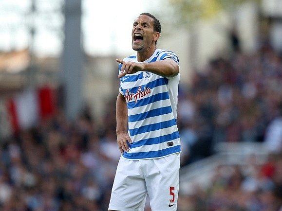 Rio Ferdinand v dresu Queens Park Rangers.