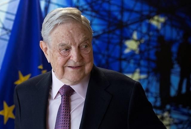 """Dalším """"spiklencem"""" má být George Soros, opět oblíbený cíl dezinformátorů"""