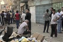 Při několika teroristických útocích v Bagdádu a jeho okolí přišlo 1. listopadu o život nejméně 24 lidí.