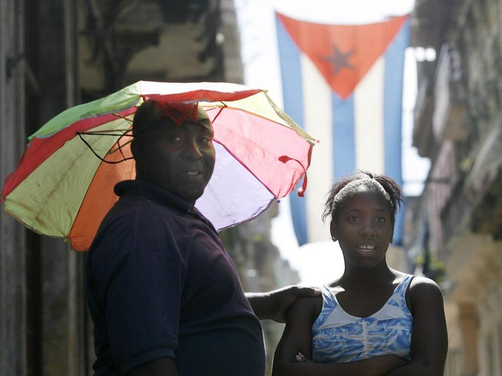 Dvojice v ulicích Havany
